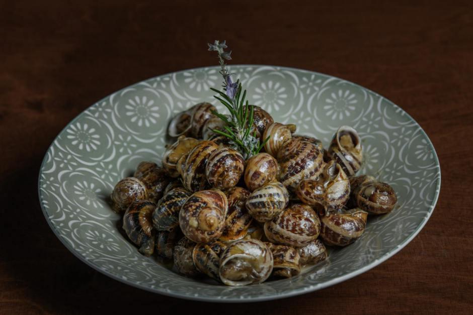 (English) The Famous Cretan Diet and Cretan Delicacies